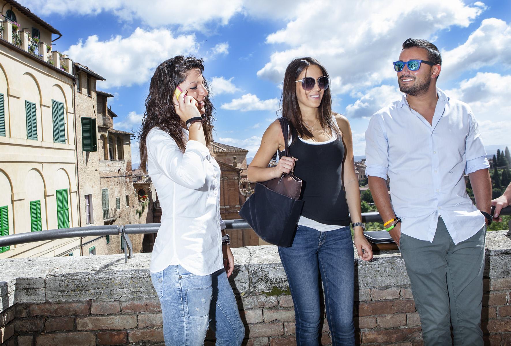 32.3. ITALIANI STUDENTI. FOTO MARIO LLORCA.WWW.MARIOLLORCA.COM